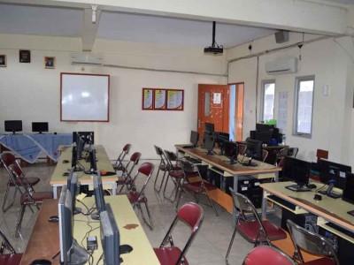 lab-komputer1